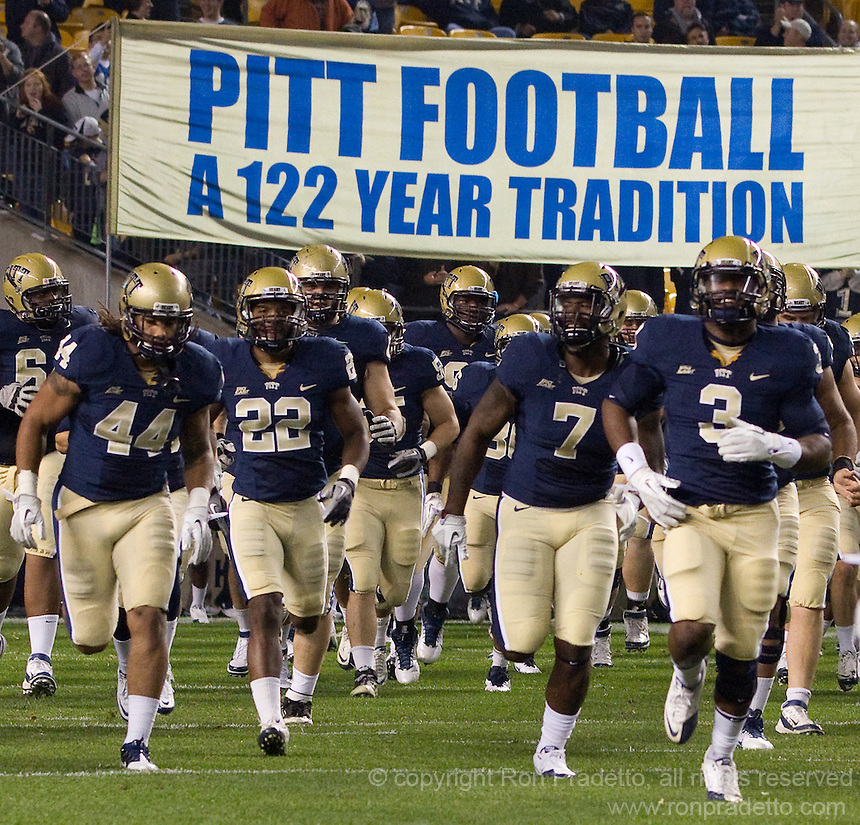 Pitt takes the field. The Pittsburgh Panthers beat the UCONN Huskies 35-20 at Heinz field in Pittsburgh, Pennsylvania on October 26, 2011.
