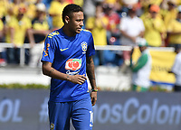 BARRANQUILLA - COLOMBIA - 05-09-2017:  Neymar JR calienta previo al partido entre Colombia y Brasil por la fecha 16 de la clasificatoria a la Copa Mundial de la FIFA Rusia 2018 jugado en el estadio Metropolitano Roberto Melendez en Barranquilla. / Neymar JR warm up prior the match between Colombia and Brazil for the date 16 of the qualifier to FIFA World Cup Russia 2018 played at Metropolitan stadium Roberto Melendez in Barranquilla. Photo: VizzorImage/ Gabriel Aponte / Staff