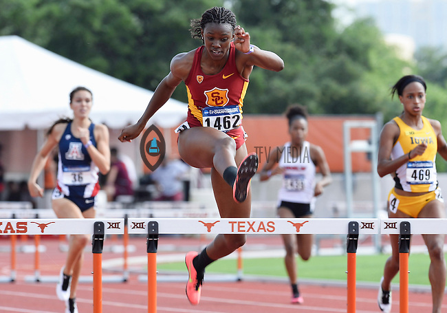 Jadie Stepter of Southern California competes in 400 meter hurdles prelims during West Preliminary Track and Field Championships, Friday, May 29, 2015 in Austin, Tex. (Mo Khursheed/TFV Media via AP Images)