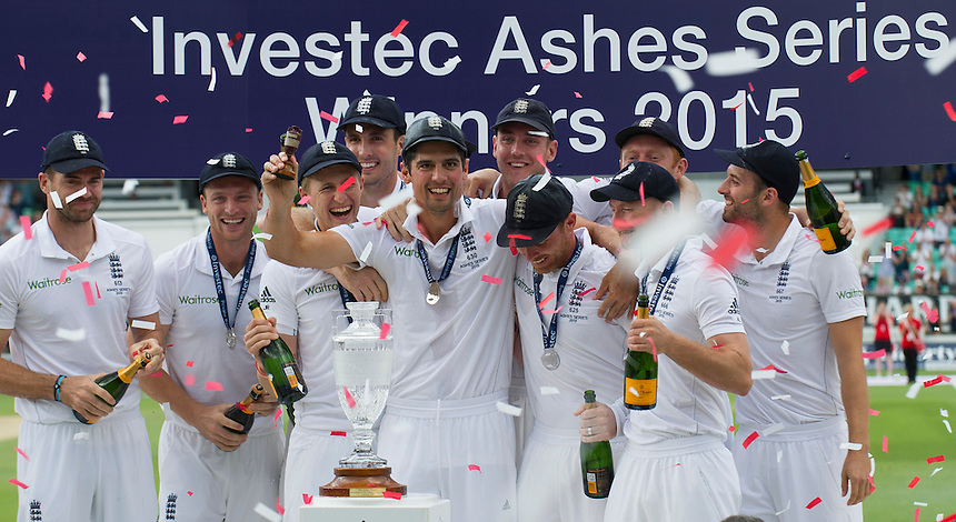 England's Alastair Cook and the team celebrate their 3-2 Ashes victory<br /> <br /> Photographer Ashley Western/CameraSport<br /> <br /> International Cricket - Investec Ashes Test Series 2015 - Fifth Test - England v Australia - Day 4 - Sunday 23rd August 2015 - Kennington Oval - London<br /> <br /> &copy; CameraSport - 43 Linden Ave. Countesthorpe. Leicester. England. LE8 5PG - Tel: +44 (0) 116 277 4147 - admin@camerasport.com - www.camerasport.com