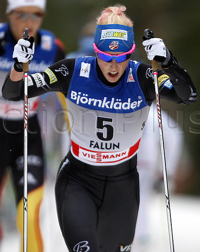17 03 2012   Falun Sweden Ski Nordic Cross-country skiing FIS World Cup 10km Mass start for women classic Picture shows Kikkan Randall USA