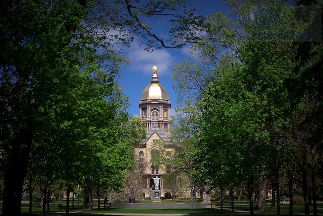 Main Building, Spring 2010..Photo by Matt Cashore/University of Notre Dame