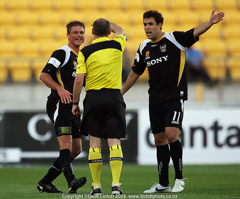 Daniel disputes Ben Sigmund's yellow card with referee Craig Zetter during the A-League match between Wellington Phoenix and Newcastle Jets at Westpac Stadium, Wellington, New Zealand on Sunday, 4 January 2009. Photo: Dave Lintott / lintottphoto.co.nz