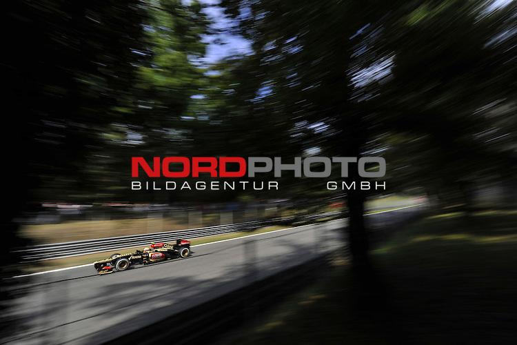 05.-08.09.2011, Autodromo Nationale, Monza, ITA, F1, Grosser Preis von Italien, Monza, im Bild Romain Grosjean (FRA) Lotus Renault F1 Team <br />  Foto &copy; nph / Mathis