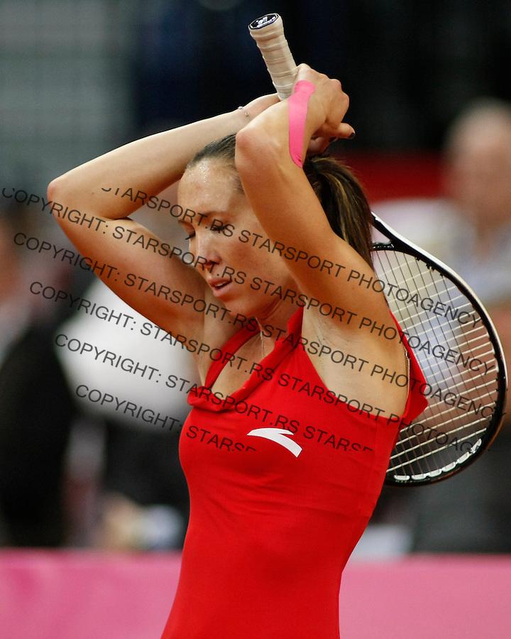 Tennis, FED CUP.Serbia Vs. Slovakia.Jelena Jankovic ) Vs. Magdalena Rybarikova .Jelena Jankovic, react.Beograd, 24.04.2010..foto: Srdjan Stevanovic/Starsportphoto ©