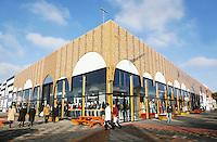 Nederland  Beverwijk  2017. De Bazaar in Beverwijk. De Bazaar in Beverwijk is al 37 jaar de plek waar uiteenlopende culturen samenkomen en is de grootste overdekte markt in Europa. De Bazaar bestaat uit verschillende marktdelen. Hal Mihrab.   Foto Berlinda van Dam / Hollandse Hoogte