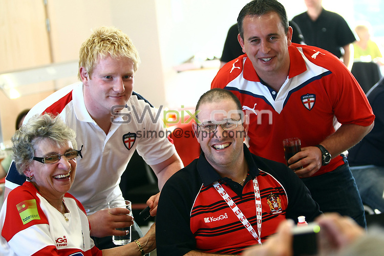 PICTURE BY VAUGHN RIDLEY/SWPIX.COM - Rugby League - England Rugby League Q&A - Leigh Sports Village, Leigh, England - 27/05/10...Copyright - Simon Wilkinson - 07811267706...England's James Graham and Steve McNamara.