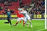04.11.2018, Opel-Arena, Mainz, GER, 1 FBL, 1. FSV Mainz 05 vs SV Werder Bremen, <br /> <br /> DFL REGULATIONS PROHIBIT ANY USE OF PHOTOGRAPHS AS IMAGE SEQUENCES AND/OR QUASI-VIDEO.<br /> <br /> im Bild: Robin Zentner (#27, FSV Mainz) vor Theodor Gebre Selassie (#23, SV Werder Bremen)<br /> <br /> Foto © nordphoto / Fabisch