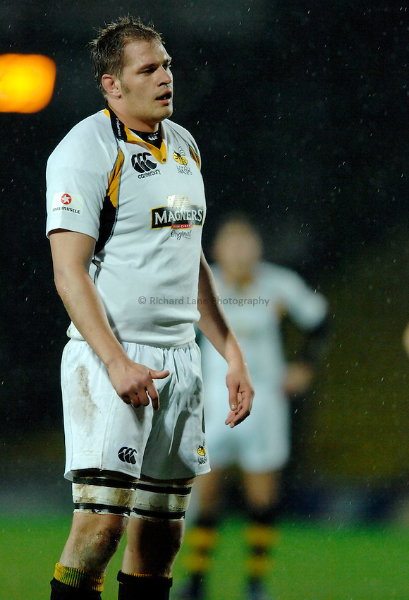 Photo: Richard Lane..Saracens v London Wasps. EDF Energy Anglo Welsh Cup. 01/12/2006. .Wasps' John Hart.