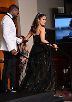 Salma Hayek &amp; David Oyelowo in the photo room at the 89th Annual Academy Awards at Dolby Theatre, Los Angeles, USA 26 February  2017<br /> Picture: Paul Smith/Featureflash/SilverHub 0208 004 5359 sales@silverhubmedia.com