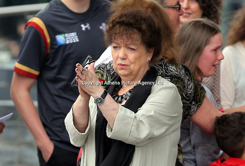 """Pictured: Lorraine Barrett thanks those attending after the service. Wednesday 31 May 2017<br /> Re: The funeral for former first minister Rhodri Morgan has taken place in the Senedd in Cardiff Bay.<br /> The ceremony, which was open to the public, was conducted by humanist celebrant Lorraine Barrett.<br /> She said the event was """"a celebration of his life through words, poetry and music"""".<br /> Mr Morgan, who died earlier in May aged 77, served as the Welsh Assembly's first minister from 2000 to 2009.<br /> He was credited with bringing stability to the fledgling assembly during his years in charge.<br /> It is understood Mr Morgan had been out cycling near his home when he died."""