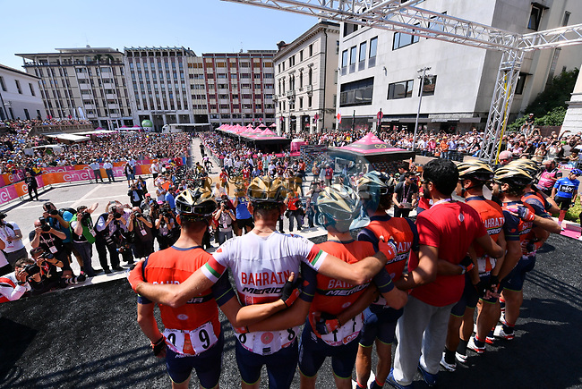 Bahrain-Merida team on stage at sign on before Stage 20 of the 100th edition of the Giro d'Italia 2017, running 190km from Pordenone to Asiago, Italy. 27th May 2017.<br /> Picture: LaPresse/Gian Mattia D'Alberto | Cyclefile<br /> <br /> <br /> All photos usage must carry mandatory copyright credit (&copy; Cyclefile | LaPresse/Gian Mattia D'Alberto)