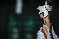 BARCELONA, ESPANHA, 11 DE MAIO DE 2012 - BARCELONA BRIDAL WEEK - PRONOVIAS  - Desfile da grife Pronovias no quarto dia do Barcelona Bridal Week, o maior evento de moda nupcial da Europa e um dos maiores do mundo, no Museu Nacional d'Art de Catalunha, em Barcelona (Espanha), nesta sexta-feira(11). (FOTO: WILLIAM VOLCOV / BRAZIL PHOTO PRESS).