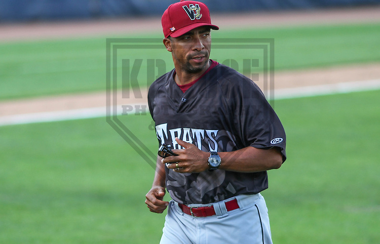 BELOIT - September 2014: Elvin Nina (27) of the Wisconsin Timber Rattlers during a game against the Beloit Snappers on September 1st, 2014 at Pohlman Field in Beloit, Wisconsin.  (Photo Credit: Brad Krause)