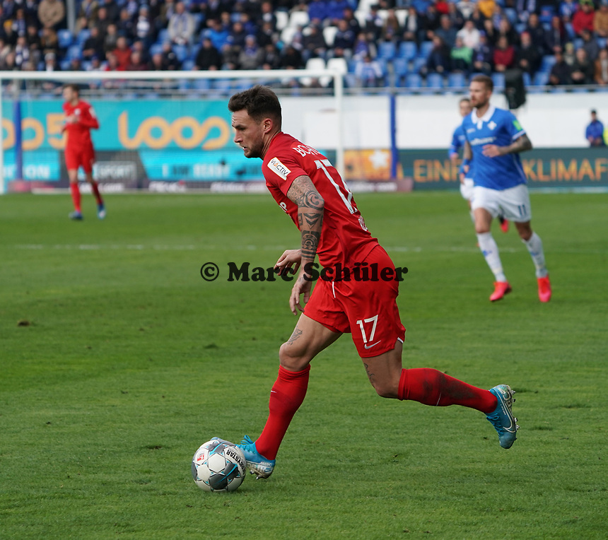 Danny Blum (VfL Bochum) - 07.03.2020: SV Darmstadt 98 vs. VfL Bochum, Stadion am Boellenfalltor, 2. Bundesliga<br /> <br /> DISCLAIMER: <br /> DFL regulations prohibit any use of photographs as image sequences and/or quasi-video.
