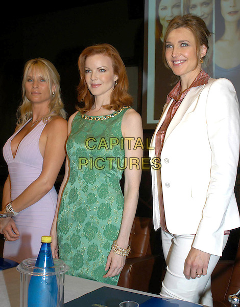 "NICOLLETTE SHERIDAN, MARCIA CROSS & BRENDA STRONG.Meeting with the ""Desperate Housewives"" cast in Rome, Italy..June 27th, 2005.half length lilac purple halterneck dress green sleeveless dress white jacket  Nicolette.www.capitalpictures.com.sales@capitalpictures.com.© Capital Pictures."