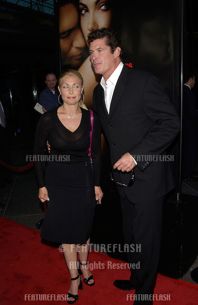 Actor DAVID HASSELHOFF & wife PAMELA at the world premiere, in Los Angeles, of Original Sin..31JUL2001. © Paul Smith/Featureflash