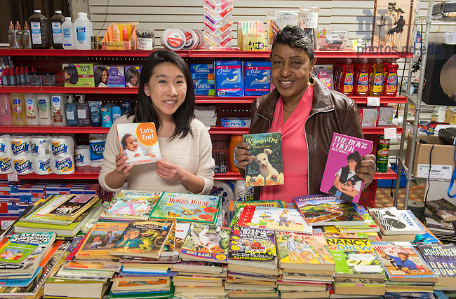 March 17, 2016; Student Pam Bryant and Sherry Zhong at R&M's Snack Shack in South Bend. - Ganey Award (Photo by Barbara Johnston/University of Notre Dame)