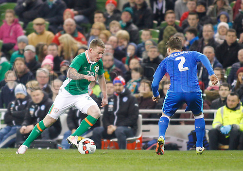 29.03.2016. Aviva Stadium, Dublin, Ireland.  International Football Friendly Ireland versus Slovakia. Jonathan Hayes (Rep. of Ireland) runs at Peter Pekarik (Slovakia).