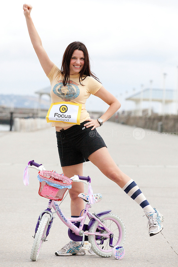 NO REPRO FEE. 14/4/20111. Caroline Morahan dives in to urge people of all levels to register for Focus Ireland's Fundraising Triathlon . Caroline Morahan got geared up today to encourage new and experienced triathletes to sign up and start training for this year's Focus Ireland Fundraising Triathlon. The event, which takes place at Dun Laoghaire pier over the August Bank Holiday Weekend, aims to raise over EUR100,000 in vital funds to help the charity continue its work to combat and prevent homelessness in Ireland. Registration is now open online at www.focusireland.ie. Picture James Horan/Collins Photos