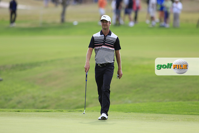 Jens Fahrbring (SWE) walks onto the 17th green during Sunday's Final Round of the 2016 Portugal Masters held at the Oceanico Victoria Golf Course, Vilamoura, Algarve, Portugal. 23rd October 2016.<br /> Picture: Eoin Clarke | Golffile<br /> <br /> <br /> All photos usage must carry mandatory copyright credit (&copy; Golffile | Eoin Clarke)