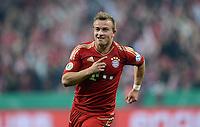FUSSBALL  DFB-POKAL  HALBFINALE  SAISON 2012/2013    FC Bayern Muenchen - VfL Wolfsburg            16.04.2013 Jubel nach dem 3:1: Torschuetze Xherdan Shaqiri (FC Bayern Muenchen)