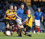 Ross Perry causing chaos in the Alloa box.