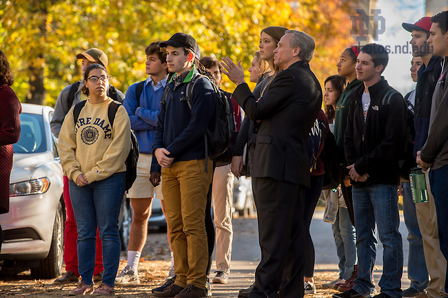 Nov. 2, 2015; Notre Dame President Rev. John Jenkins, C.S.C. chats with students in the Moreau First Year Experience course. (Photo by Matt Cashore/University of Notre Dame)