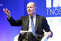 Corrado Passera   durante il XXIX convegno di Capri per Napoli   dei  Giovani Industriali a Citta della Scienza , 25 Ottobre 2014