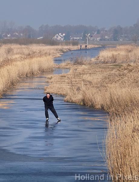 Nederland -  Zaanstad -  2018.   Schaatsen in Zaanse Schans. De Kalverpolder.   Foto Berlinda van Dam / Hollandse Hoogte