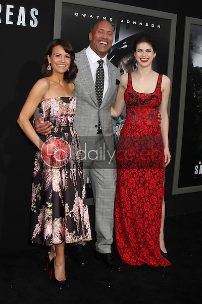 Carla Gugino, Dwayne Johnson, Alexandra Daddario<br />