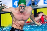 Picture by Alex Whitehead/SWpix.com - 09/04/2018 - Commonwealth Games - Swimming - Optus Aquatics Centre, Gold Coast, Australia - Cameron van der Burgh of South Africa defeats Adam Peaty of England in the Men's 50m Breaststroke final.