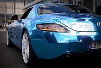 """Ein Elektro """"SLS"""" der Firma Mercedes am Montag (27.05.13) in Berlin waehrend einer Internationalen Konferenz"""" Elektromobilität bewegt"""". Foto: Timur Emek/CommonLens"""