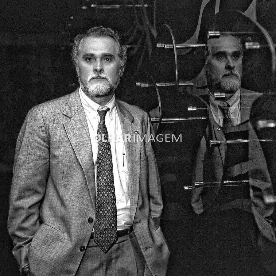 Personalidade. politico. Deputado José Genoíno Neto. Brasilia. 1994. Foto Sergio Amaral