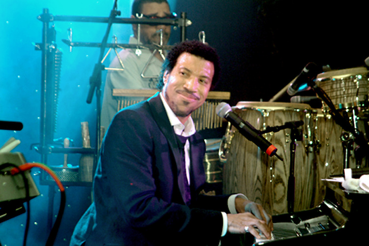 Lionel Richie in concert. Professional Image Photography by John Drew. Larry King Cardiac Foundation Gala at The Ritz Carlton Hotel.