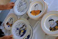 Europe/France/Bretagne/29/Finistère/Quimper: Créations à tirage limité à la Faïencerie d'art breton