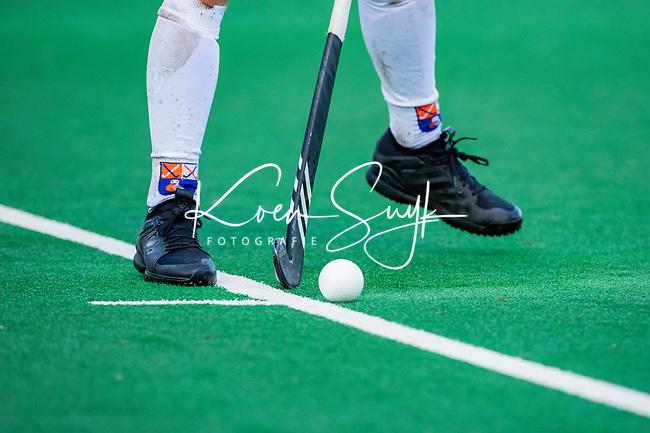 BLOEMENDAAL - Adidas hockeystick  tijdens  hoofdklasse competitiewedstrijd  heren , Bloemendaal-Rotterdam (1-1) .COPYRIGHT KOEN SUYK