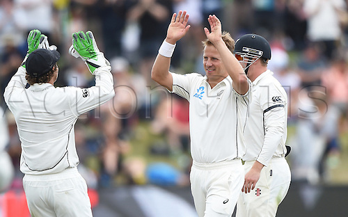 22.02.2016. Christchurch, New Zealand.  Neil Wagner is congratulated by BJ Watling after taking 6 wickets on Day 3 of the 2nd test match. New Zealand Black Caps versus Australia. Hagley Oval in Christchurch, New Zealand. Monday 22 February 2016.
