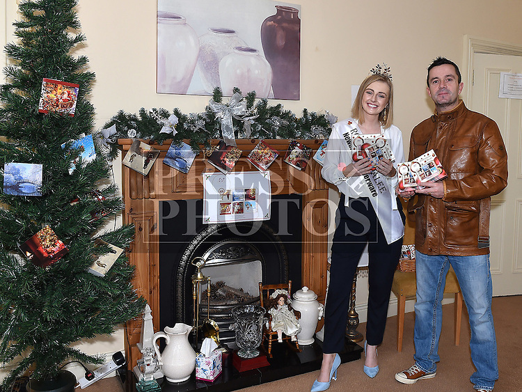 Rose of Tralee Elysha Brennan and Gary Kelly launch the Gary Kelly Cancer Support Centre Christmas Cards. Photo:Colin Bell/pressphotos.ie