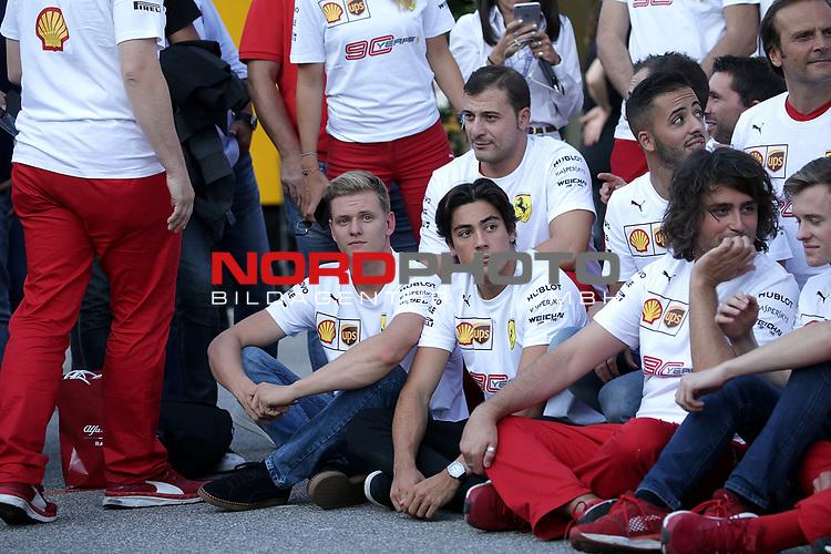 07.09.2019, Autodromo Nazionale di Monza, Monza, FORMULA 1 GRAN PREMIO HEINEKEN D'ITALIA 2019<br />,im Bild<br />Gruppenbild von Ferrari zum 90. jährigen Jubiläum, mit Sebastian Vettel (GER#5), Scuderia Ferrari Mission Winnow und Charles Leclerc (MCO#16), Scuderia Ferrari Mission Winnow, Mick Schumacher<br /> <br /> Foto © nordphoto / Bratic