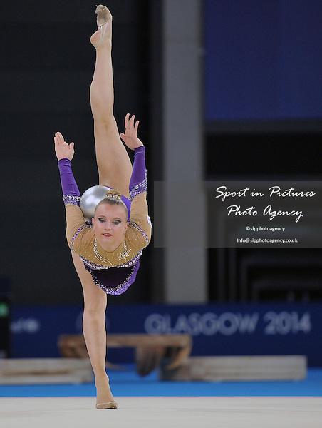Stephani Sherlock (ENG). Ball. Rythmic Gymnastics. PHOTO: Mandatory by-line: Garry Bowden/SIPPA/Pinnacle - Tel: +44(0)1363 881025 - Mobile:0797 1270 681 - VAT Reg No: 183700120 - 260714 - Glasgow 2014 Commonwealth Games - Hydro Centre, Glasgow, Scotland, UK