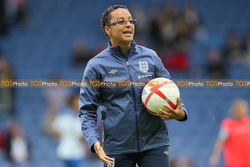 England manager Hope Powell - England Women vs Sweden Women - International Football at Oxford United FC - 17/05/11 - MANDATORY CREDIT: Gavin Ellis/TGSPHOTO - Self billing applies where appropriate - Tel: 0845 094 6026