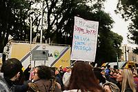 CURITIBA, PR, 20.06.2017 - PROTESTO-PR – Servidores Municipais que realizam protesto em frente a câmera municipal de Curitiba entraram em confronto com os Policiais Militares durante votação do projeto do prefeito Rafael Grega (PMN) na manhã desta terça-feira (20). (Foto: Paulo Lisboa/Brazil Photo Press)