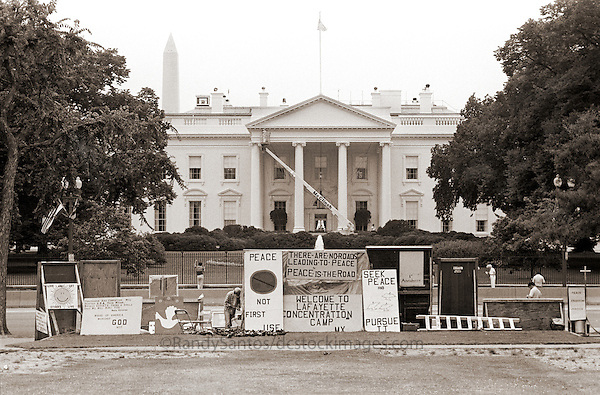 The White House  Washington DC<br />