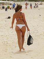 ATEN&Ccedil;AO EDITOR  FOTO EMBARGADA PARA VEICULOS INTERNACIONAIS - RIO DE JANEIRO, RJ 27 DE SETEMBRO 2012 - Nesta manha (27) Ressaca nas praias da cidade do Rio de Janeiro.<br /> FOTO RONALDO BRANDAO/BRAZIL PHOTO PRESS
