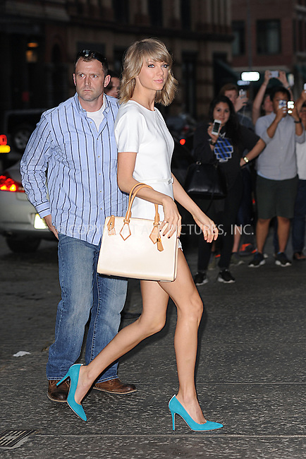 WWW.ACEPIXS.COM<br /> May 27, 2015 New York City<br /> <br /> Taylor Swift seen returning to her apartment in New York City on May 27, 2015.<br /> <br /> By Line: Kristin Callahan/ACE Pictures<br /> <br /> tel: 646 769 0430<br /> Email: info@acepixs.com<br /> www.acepixs.com