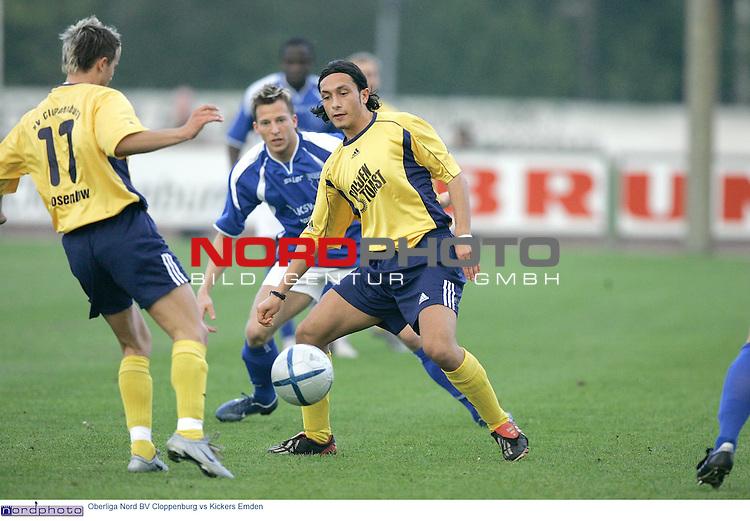 Oberliga Nord  2004/2005  30. Spieltag<br /> <br /> BV Cloppenburg vs BSV Kickers Emden<br /> Oktay Yildirim, Ali GŲl ( Goel )  und ?<br /> <br /> Foto: &copy; nordphoto <br /> <br />  *** Local Caption *** Foto ist honorarpflichtig! zzgl. gesetzl. MwSt.<br />  Belegexemplar erforderlich<br /> Adresse: nordphoto<br /> Georg-Reinke-Strasse 1<br /> 49377 Vechta
