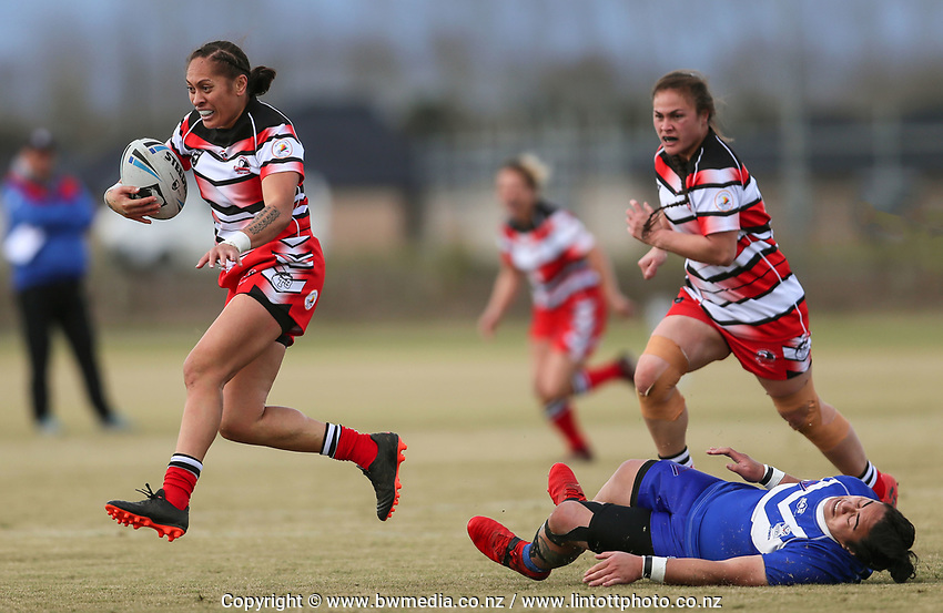 Action from the match between Counties Manukau Stingrays and Auckland Vulcans, during 2019 NZRL National Women's Rugby League Tournament at Bruce Pullman Park in Auckland, New Zealand on Friday, 26 July 2019. Photo: Simon Watts / www.bwmedia.co.nz