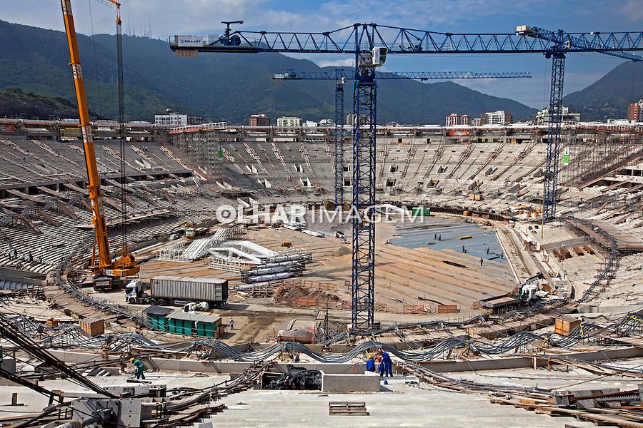 Obras de reforma do Estádio Mario Filho ou Maracana. Rio de Janeiro. 2012. Foto de Rogerio Reis.