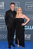 SANTA MONICA, USA. January 12, 2020: Megan Hilty & Brian Gallagher at the 25th Annual Critics' Choice Awards at the Barker Hangar, Santa Monica.<br /> Picture: Paul Smith/Featureflash